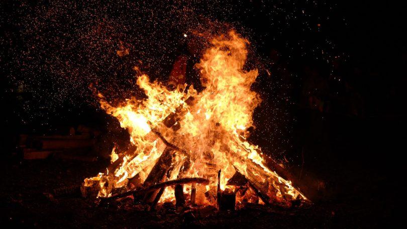 bonfire-photo-776113-scaled